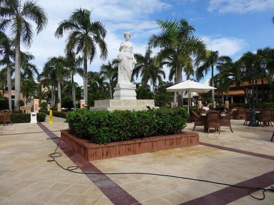 Grand Bahia Principe Bavaro : terrasse