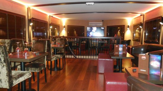 Bravo pour la déco - Picture of Le D Cale - Bar Restaurant Lounge ...