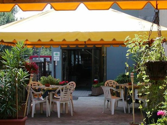 Hotel Alla Fiera: giardino