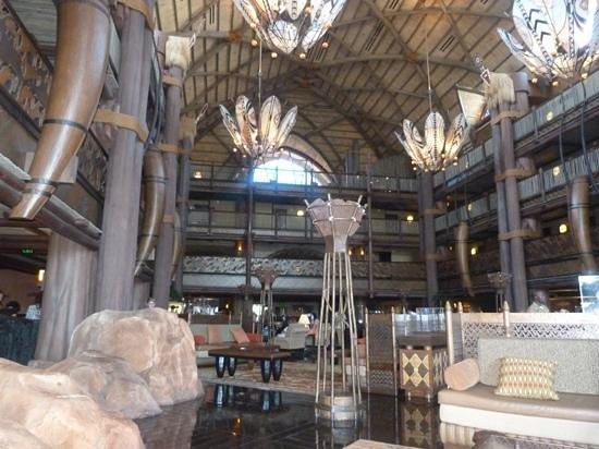 Disney's Animal Kingdom Lodge: lobby