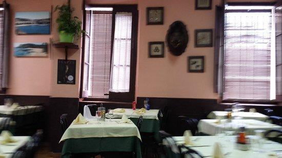 Restaurante La Pansa : Local lleno de detalles