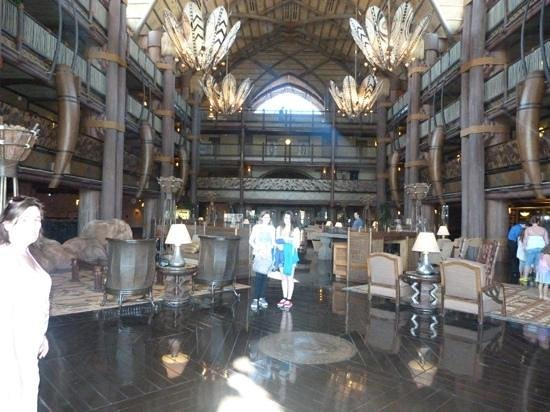 Disney's Animal Kingdom Lodge: famous lobby