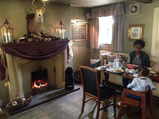 Black Horse Inn: Bar