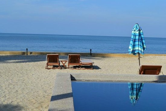 The Beach Boutique Resort : Beach