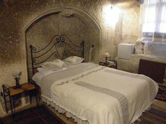 Divan Cave House: ベッドルーム