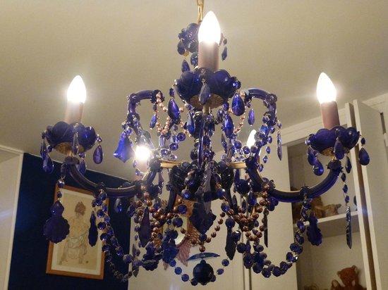 La Moma : Our room's chandelier