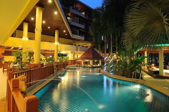 Baumanburi Hotel: Swimming Pool