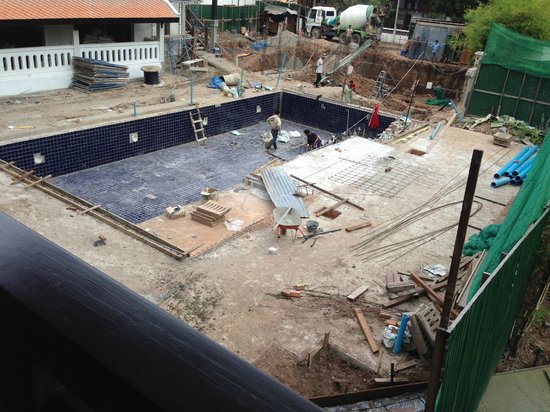 Ansara Hotel: View on the construction site