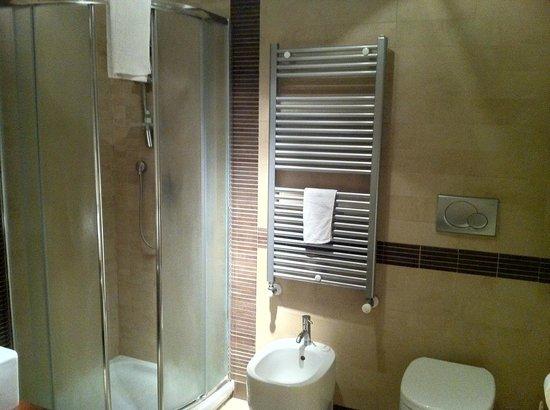 Punto Alloggio Bed and Room Breakfast: Bagno