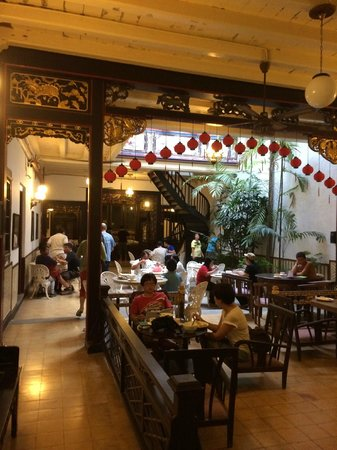 The Baba House : Breakfast area