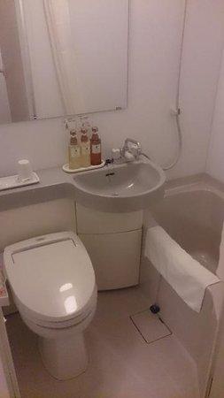 Keio Presso Inn Ikebukuro: バスルーム
