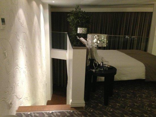 Rixos Taksim Istanbul: Loft Style Bedroom Upstairs