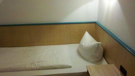 Hotel Alpha: Zimmer
