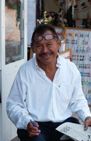 Catalonia Yucatan Beach: friendly people