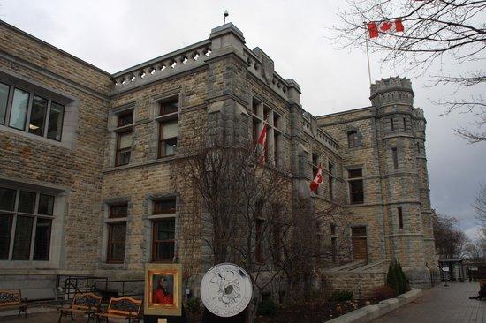 Royal Canadian Mint : Beautiful Building