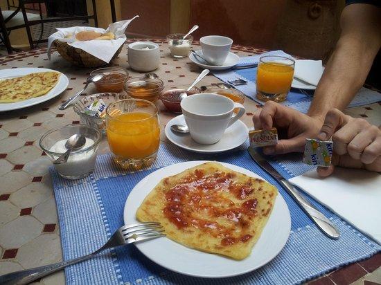 Riad Itrane : petit déjeuner