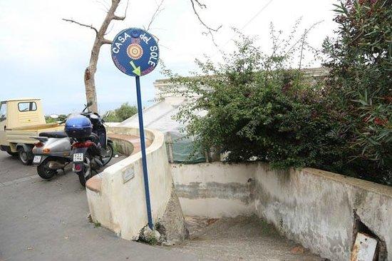 Casa del Sole : accès depuis la rue principale