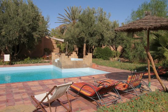 Dar Lorkam: The lovely pool.