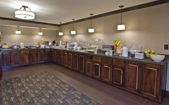 Quality Inn Chillicothe: Deluxe Breakfast Buffet
