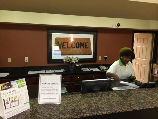Extended Stay America - Chesapeake - Churchland Blvd.: Front Desk, Kenya was 4.0