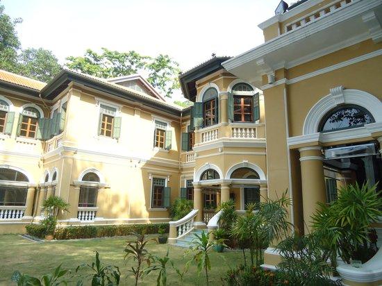 Blue Elephant Phuket : Beautiful building