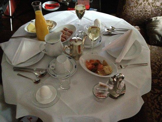 Hotel Krebs: Petit déjeuner