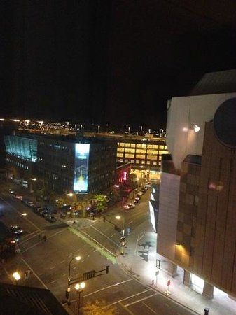 Loews Minneapolis Hotel : View towards 1st Ave