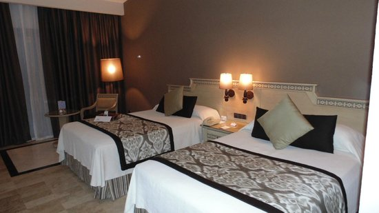 Grand Palladium Kantenah Resort and Spa: chambre standard