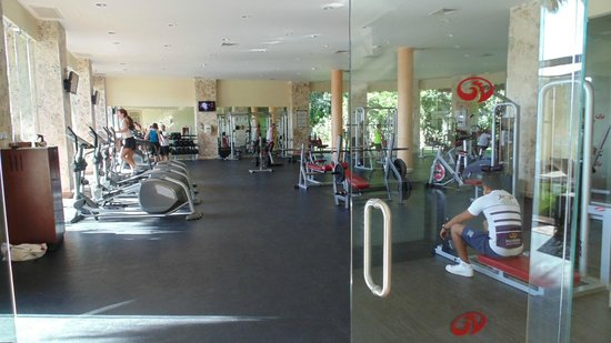 Grand Palladium Kantenah Resort and Spa: salle de fitness