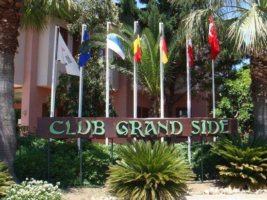 Club Grand Side: Außenanlage