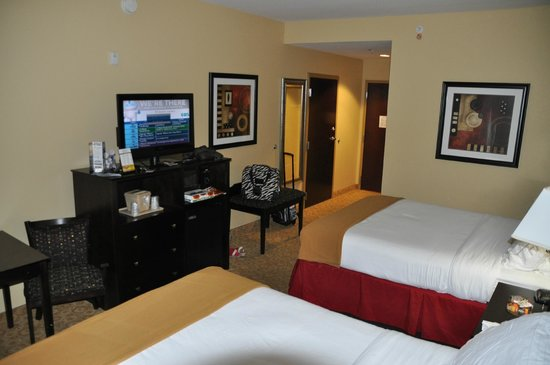 Holiday Inn Express Hotel & Suites - Pensacola West-Navy Base: Habitacion 206