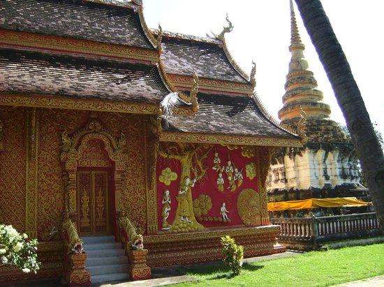 Wat Phra Tat Lampang Luang