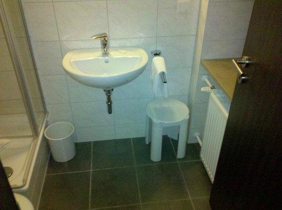 Hotel Fackelmann: Badezimmer