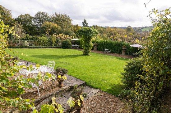 Apsley House Hotel: Le Jardin