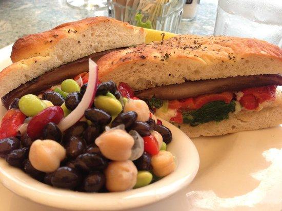 Waterfront : portobello sandwich with four bean salad