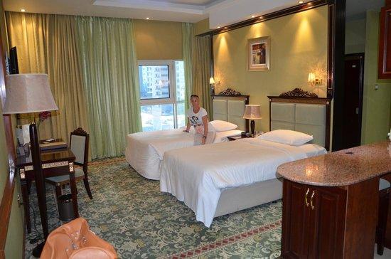 Golden Tulip Thanyah Hotel Apartments: camera standard