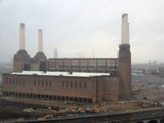 Pestana Chelsea Bridge Hotel & Spa London: The power station from my room
