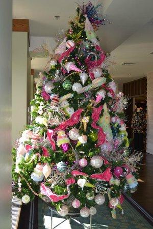 The Omni Grove Park Inn : One of the many Christmas trees