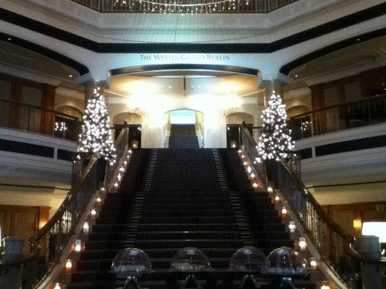 The Westin Grand Berlin: Mat Damen has been on these stairs :)