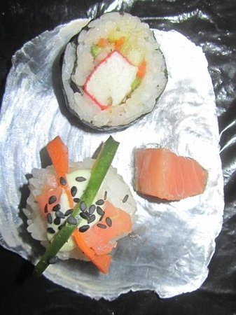 Street Cuisine: Sushi for sundowners?
