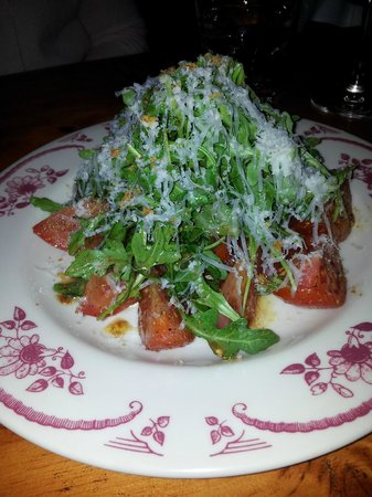 Le Bremner : Spicy tomato salad with arugula