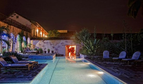 مانشن دو تشوكليت: Piscina Hotel Spa Granada