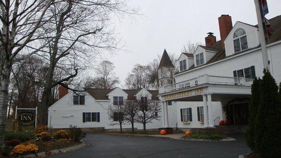 Exterior view of Harraseeket Inn