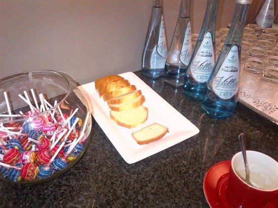 Martin's Klooster Hotel: Onthaalontbijt ?