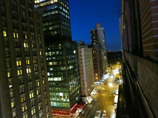 Wellington Hotel: Vista noturna da janela
