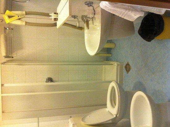 Hotel Piccolo: Bagno