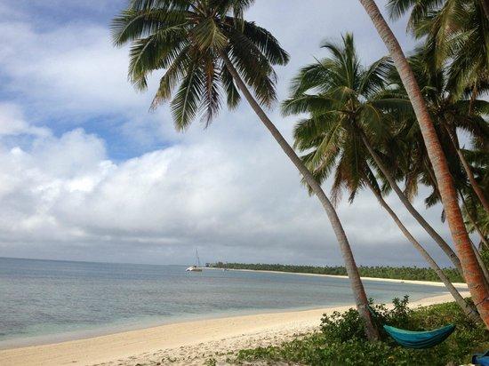 Serenity Beaches Resort: Stunning beach! Loved the hammock time:)