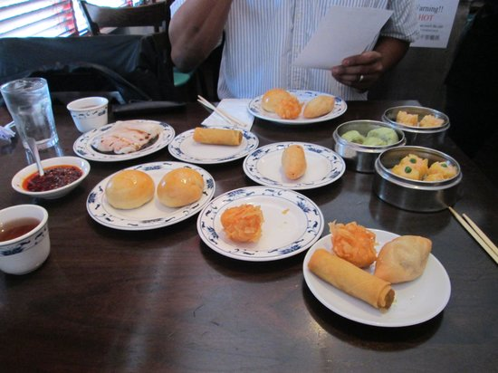 Tropical Chinese Restaurant: Dim sum