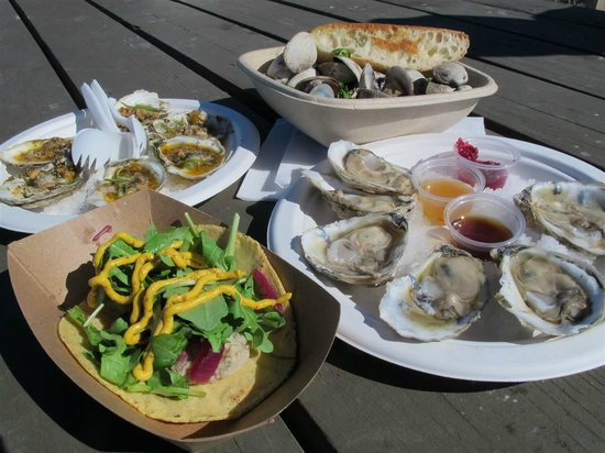 The Jolly Oyster: Creole baked oysters, clam steamers, oysters on half shell, oyster taco