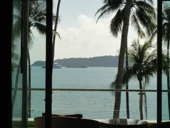 Phuket Panwa Beachfront Resort : this is what you will see in the morning!